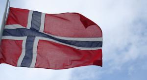 Rząd Norwegii ponownie wstrzymał dalsze znoszenie restrykcji
