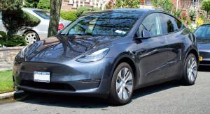Tesla podnosi ceny samochodów w USA, ale liczy na Chiny