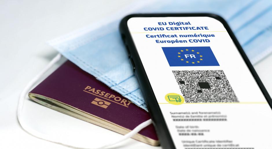 Francja: rozszerzony paszport covidowy od 9 sierpnia