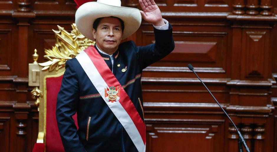 Peru: Castillo, wykształcony przedstawiciel ubogich, zaprzysiężony na prezydenta