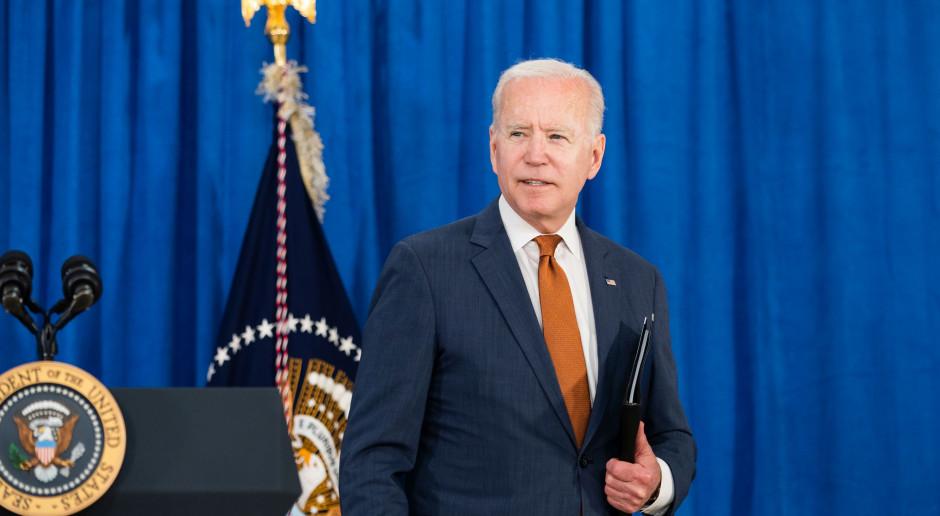 Joe Biden naciska na sprzedaż aut elektrycznych. To ma być duży wzrost
