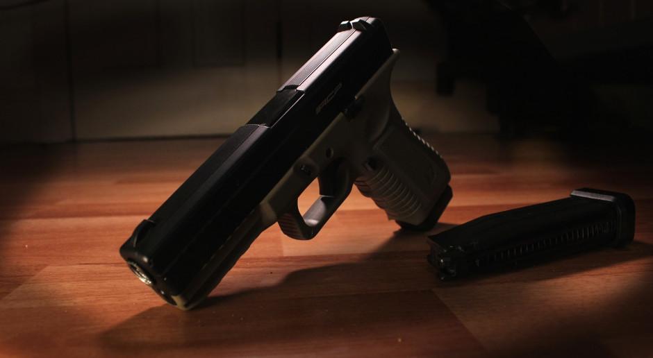 Pandemia spowodowała wzrost sprzedaży i użycia broni palnej