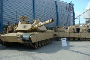 Czołg M1A2 Abrams jedną z atrakcji Międzynarodowego Salonu Przemysłu Obronnego