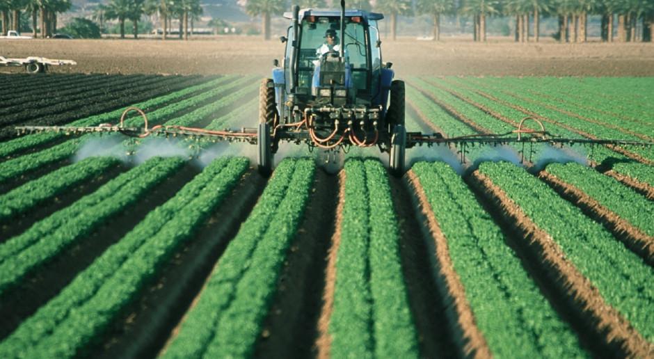 Kanadyjski rząd wstrzymał rozmowy na temat pestycydów w żywności