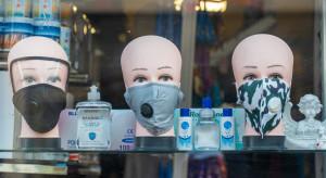 Francja: Przepustki sanitarne tylko w sklepach o powierzchni powyżej 20 tys. m kw.