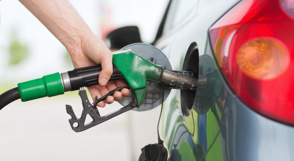 Kierowca nalał benzyny do auta z silnikiem diesla, użył odkurzacza, aby wydostać paliwo