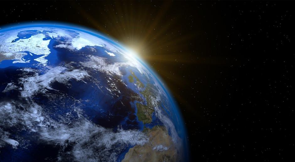 Naukowcy z NASA doprecyzowali orbitę planetoidy Bennu. Ziemia bezpieczna?