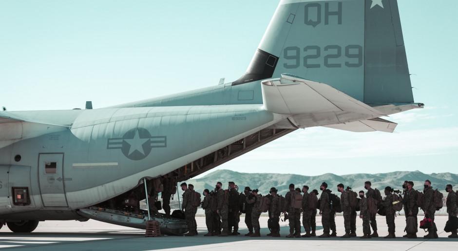 USA: Do niedzieli do Afganistanu dotrą dwa bataliony marines i batalion piechoty