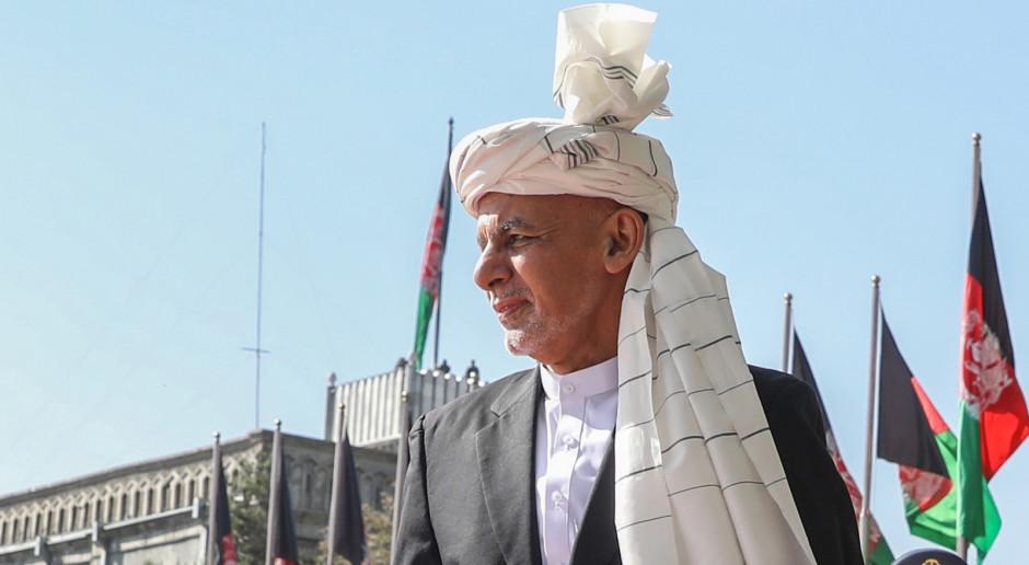 Afganistan: Główny negocjator nazwał Ghaniego byłym prezydentem