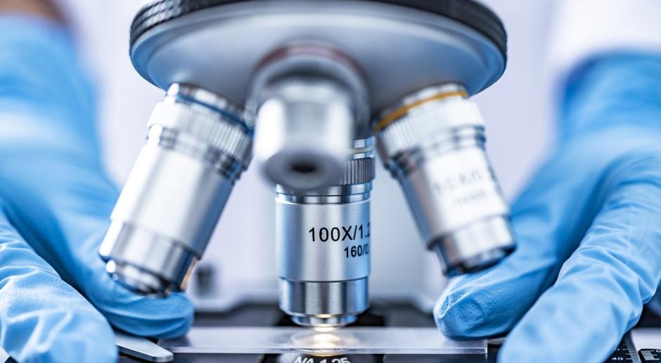 Polska firma genXone wykrywa 8 mutacji koronawirusa