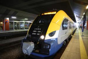 Pesa przekazała nowy pociąg elektryczny Elf2 dla Małopolski