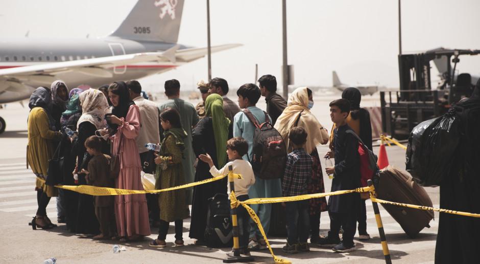 NATO: Ponad 18 tysięcy osób ewakuowano z lotniska w Kabulu