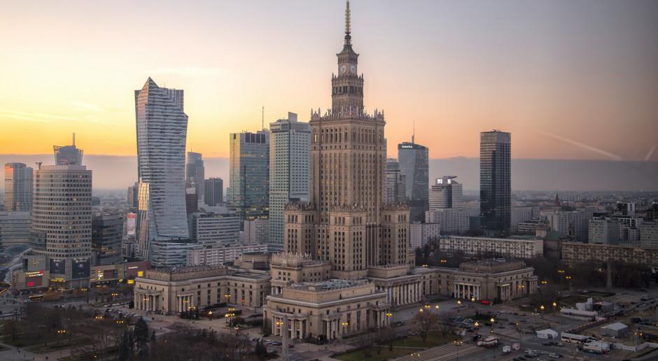 """Agencja Fitch potwierdziła rating Polski na poziomie """"A-"""" z perspektywą stabilną"""