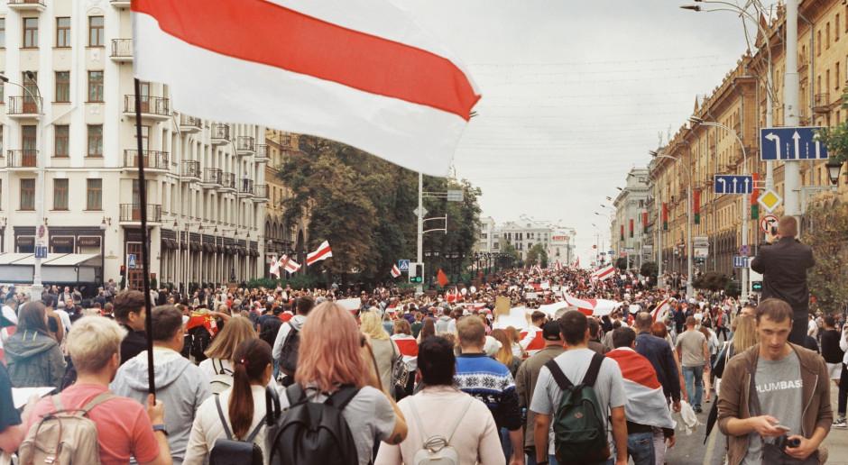 Białoruś: Portal Znadniemna.pl: Milicja spisała uczestników spotkania z nauczycielami w Związku Polaków