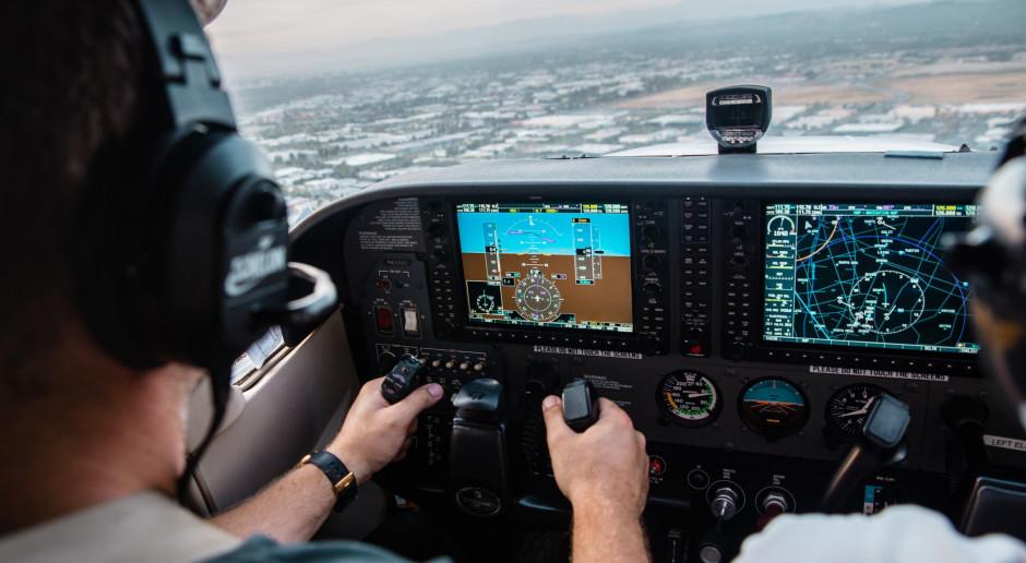 Minister Adamczyk: Wszystkim lotnikom samych bezpiecznych lotów