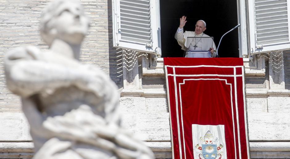 Watykan: Papież modli się za ofiary zamachu w Kabulu i prosi o pomoc dla Afganistanu
