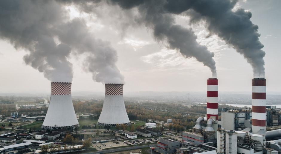 Polska na ograniczenie emisji CO2 potrzebuje aż 136 mld euro