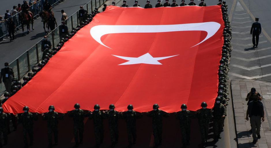 """Turcja: Resort obrony: """"Zneutralizowaliśmy"""" prawie 18,5 tys. """"terrorystów"""" w ciągu 6 lat"""