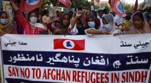 Afgańczycy uciekają przed talibami. Kryzys coraz poważniejszy