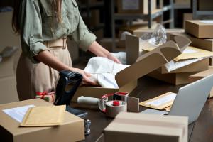 Koniec z marnotrawieniem pudełek w e-commerce. Polacy pracują nad nowym patentem