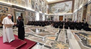 Papież: Światowość w Kościele gorsza niż czasy papieży z konkubinami