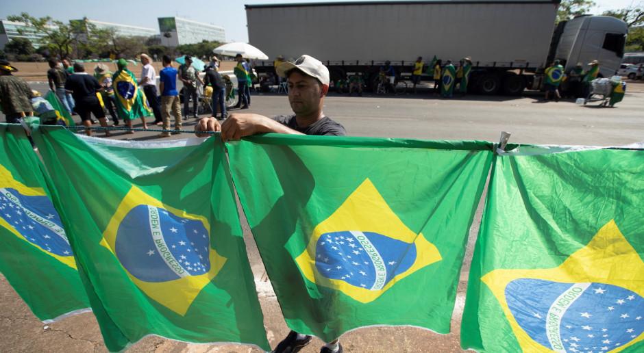 Brazylia: Prezydent wycofuje oskarżenia przeciwko sądom i wzywa do spokoju