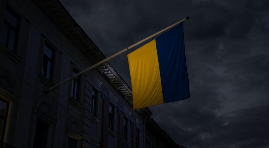 Ukraina: Sztab: Dwóch wojskowych zginęło, 10 rannych w Donbasie