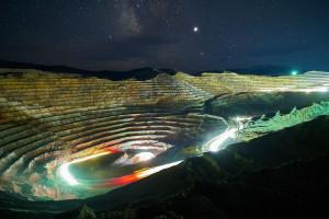 KGHM w amerykańskiej kopalni montuje hybrydową koparkę