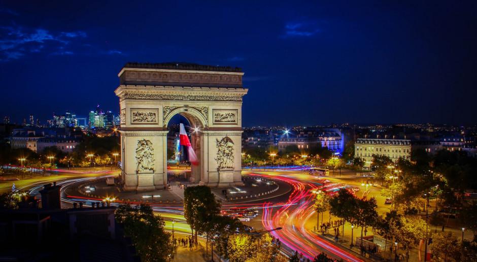 Francja: Dziesiąta sobota manifestacji przeciwko przepustkom sanitarnym w całym kraju