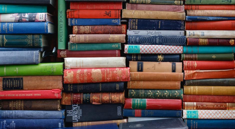 Holendrzy kupują więcej książek, ale tradycyjnym księgarniom grozi upadek