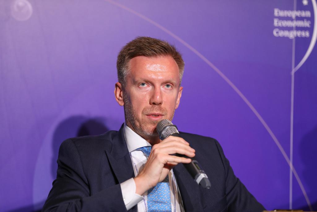 Tomasz Buras, dyrektor zarządzający w Savills Polska Fot. PTWP