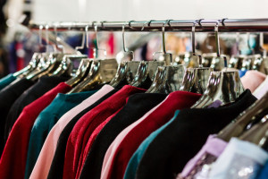 Organizatorzy Londyńskiego Tygodnia Mody apelują o ograniczenie produkcji ubrań