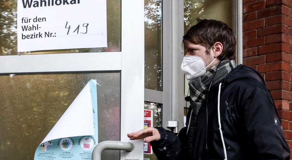 Niemcy: Straż pożarna otworzyła lokal wyborczy w Berlinie, bomba w Wuppertalu