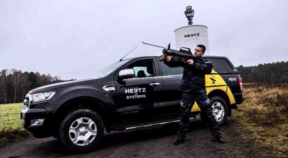 Ręczny neutralizator dronów, fot. Hertz Systems