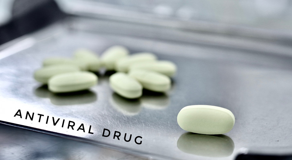 Pfizer rozpoczął testy z lekiem doustnym przeciw Covid-19