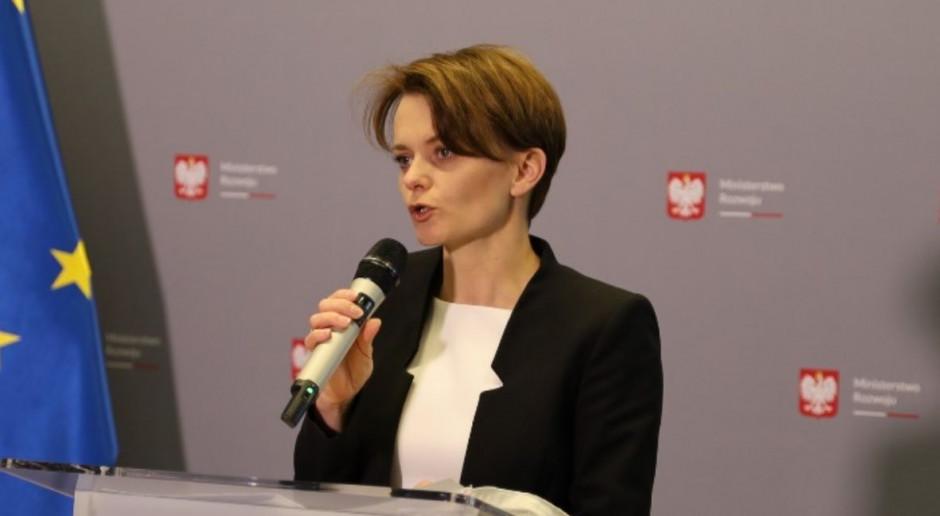 Emilewicz: Zmiany w systemie podatkowym związane są z wychodzeniem z pandemii