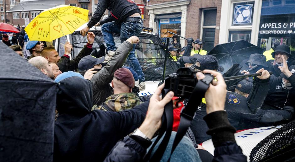 Holandia: Tysiące osób protestowały w Amsterdamie przeciw polityce rządu ws. pandemii koronawirusa