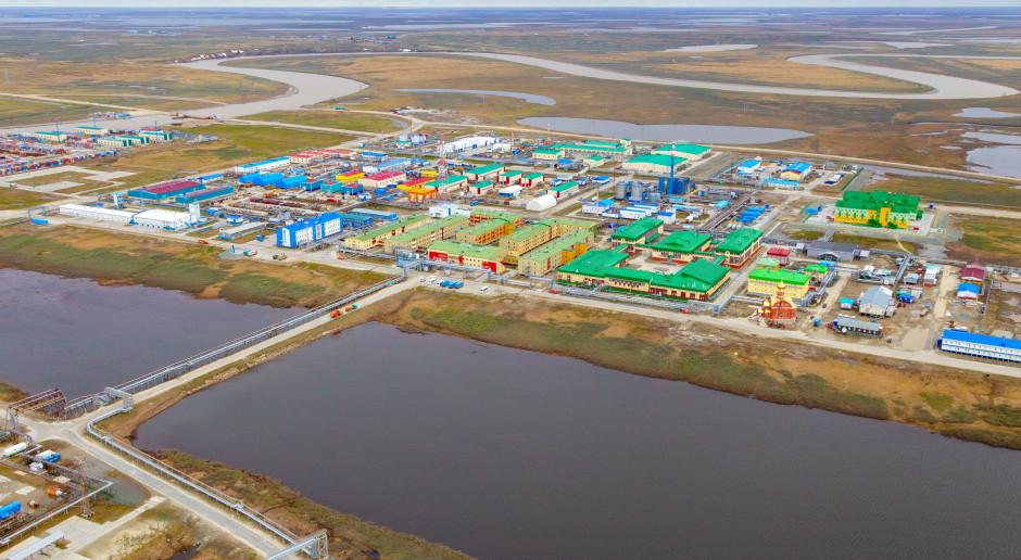 Więcej gazu i ropy z Rosji
