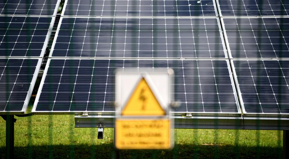 Komisja Europejska i spekulanci wśród winnych wysokich cen energii i gazu