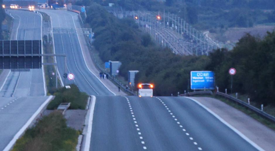 Ograniczenie prędkości na autostradach tematem rozmów koalicyjnych