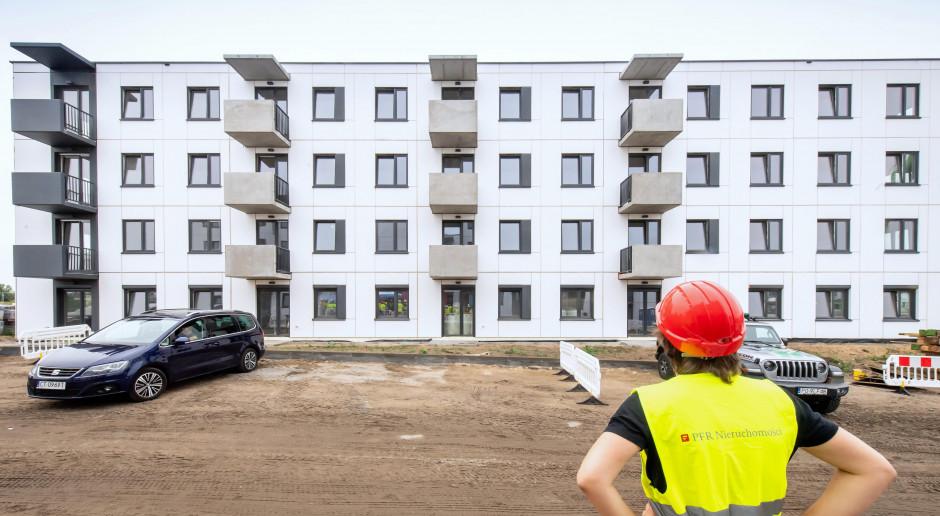 O kredyt mieszkaniowy ubiegało się więcej osób niż rok wcześniej
