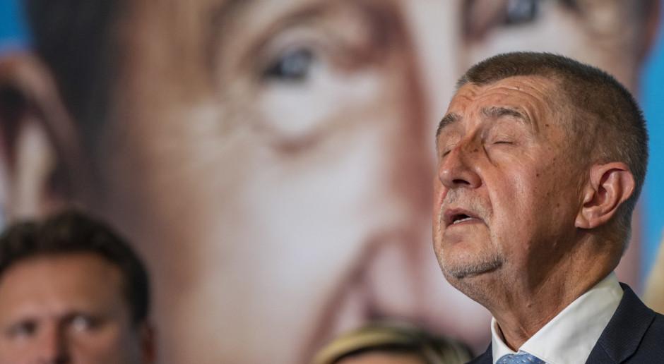 Guardian: Partia czeskiego premiera przegrywa w wyborach z koalicją liberalno-konserwatywną