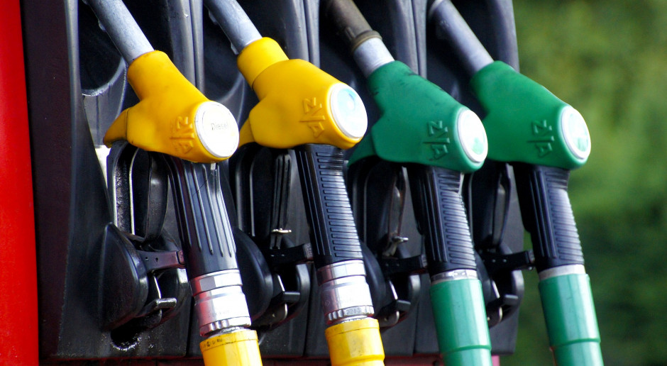 Stacje benzynowe zmienią się w centra handlowo-usługowe