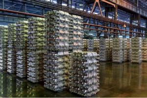 Aluminium jest rekordowo drogie. Przyczyna dotyczy każdego