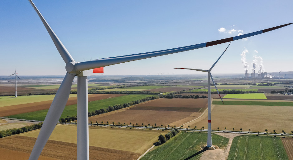 AHK Polska nagrodziła start-up zajmujący się recyklingiem śmigieł z wiatraków