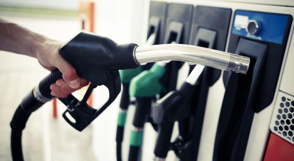 Cena benzyny Pb98 przekroczyła psychologiczną granicę 6 zł za litr