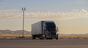 Wielka Brytania: Rząd złagodzi restrykcje w pracy zagranicznych kierowców ciężarówek