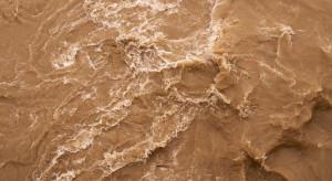Indie: Co najmniej 19 ofiar powodzi